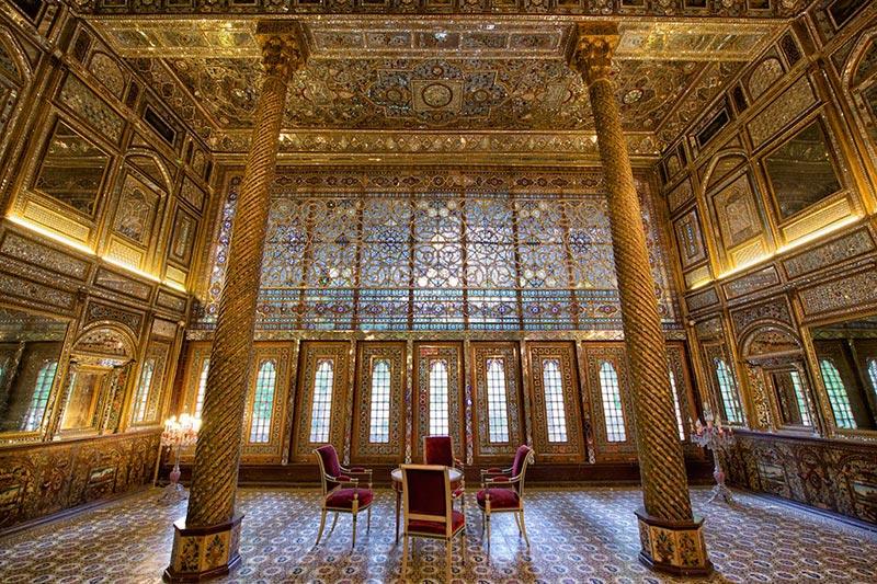 این کاخ زیبا در دوره قاجار ساختهشده است و جزو قدیمیترین بناهای شهر است